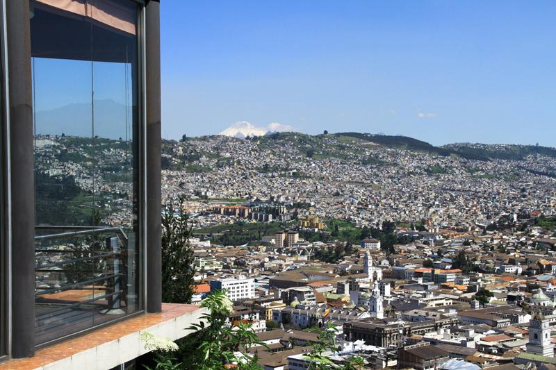 Vista exterior en el día | Restaurante El Ventanal